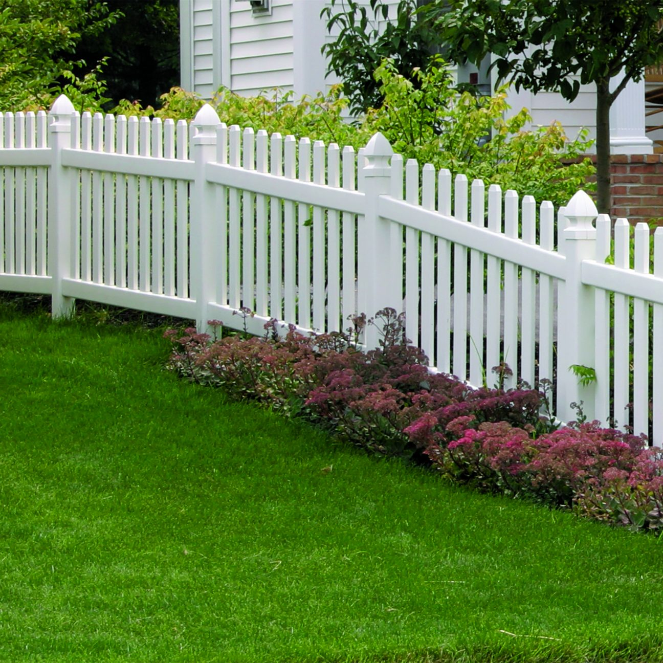 Superior Plastic Products Vinyl Fencing Picket Privacy