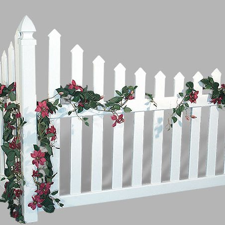 Accent Corner Vinyl Fences - Superior Plastic Products