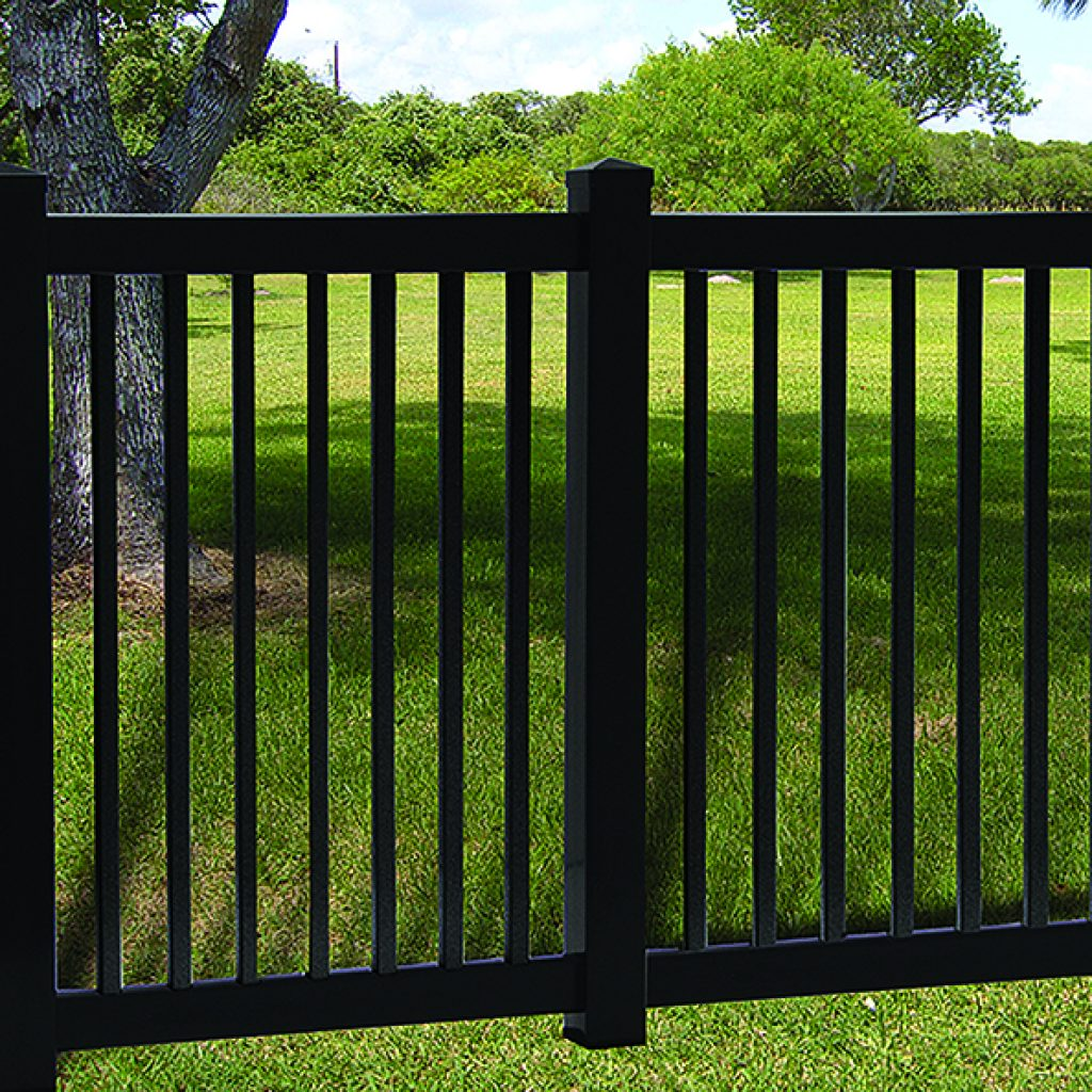 Model Vinyl Yard Fence - Superior Plastic Products