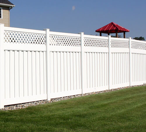 Vinyl Privacy Fencing - Superior Plastic Products, Inc. - Newbury Vinyl Privacy Fence - Superior Plastic Products
